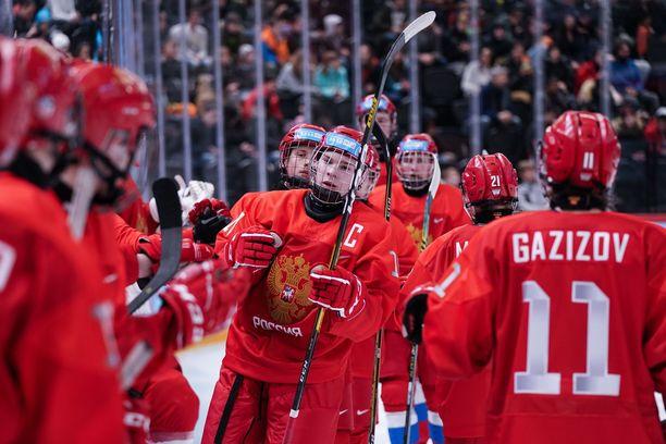 Venäjä on saapumassa Karjalaan nuorella joukkueella.