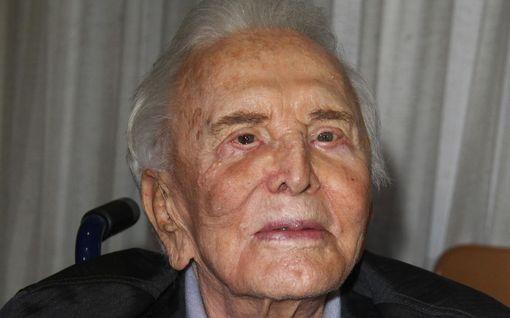103-vuotiaana menehtynyt Kirk Douglas haudattiin Los Angelesissa