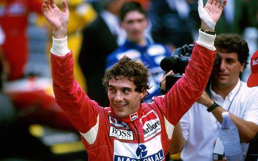 Näkökulma: Ayrton Senna ei ole mikään pyhimys, silti F1-legendoista suurin saa kaikki törkeät temppunsa anteeksi