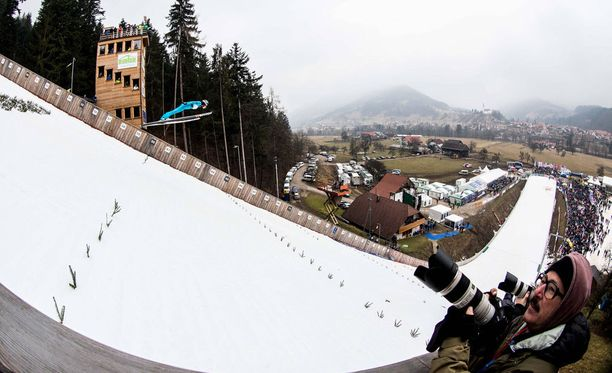 Ljubnossa hypättiin sunnuntaina naisten maailmancupin kisa.
