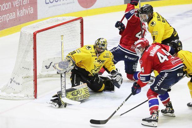 HIFK:n ja SaiPan joukkueet on asetettu karanteeniin.