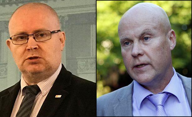 Työministeri Jari Lindström toteaa, että hallitus ja työmarkkinajärjestöt ovat juntturassa. Oikealla STTK:n puheenjohtaja Antti Palola.