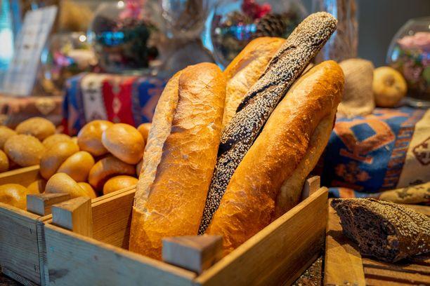 Tuore leipä on lukijoiden mielestä hotelliaamiaisen paras herkku.