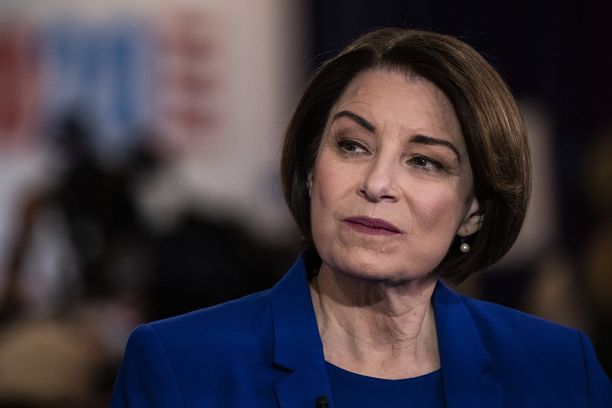 Senaattori Amy Klobuchar oli ehdolla myös Yhdysvaltain presidentiksi, mutta vetäytyi kisasta maaliskuussa. Kuva otettu helmikuussa 2020.
