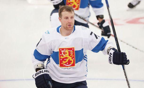 Leo Komarov ei tällä erää voi pelata Leijonissa.