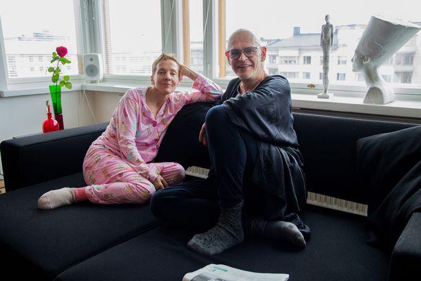 Maria Veitola yöpyi Uotisen ylellisessä Helsingin Töölössä sijaitsevassa vuokra-asunnossa.