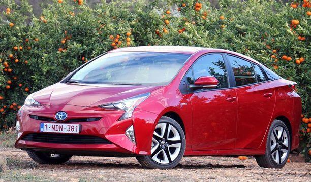 6. Toyota Prius on tunnetuin hybridiauto maailmassa.