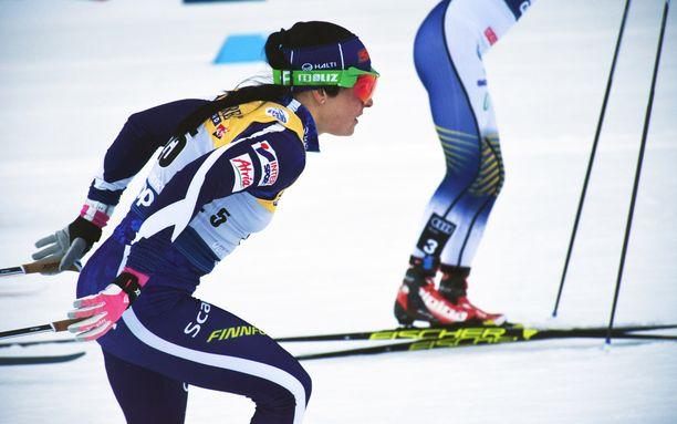 Krista Pärmäkoski on kahdestoista Tour de Skin avausetapin jälkeen. Jäljellä on vielä kuusi matkaa.
