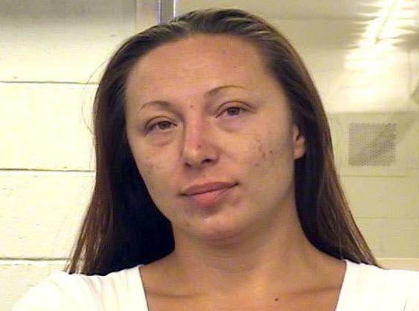 Kolmas epäilty on Gonzalesin serkku Jessica Kelley.