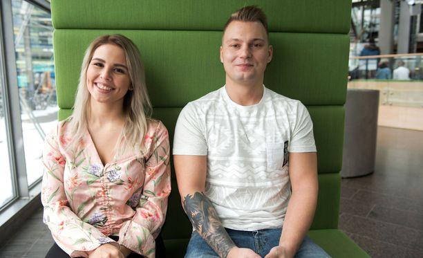 Lahdessa asuvat Eve ja Dani kävivät yhdessä Helsingissä antamassa haastatteluja.