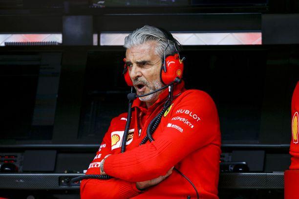 Ferrarin tallipäällikkö Maurizio Arrivabene operoi kovien paineiden alla.