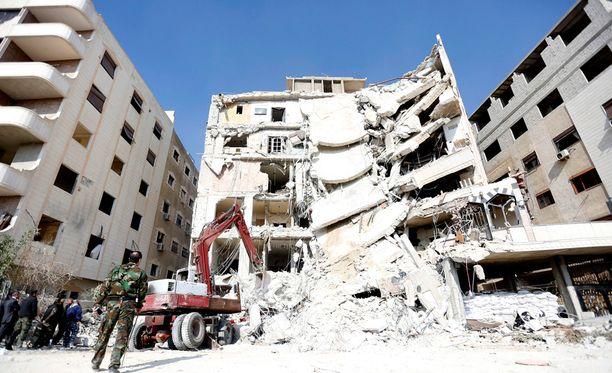 Israel iski Syyrian pääkaupunkiin Damaskokseen.