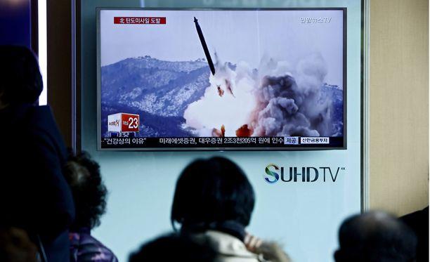 Turvallisuusneuvosto tuomitsi ohjuskokeet yksimielisesti. Kannanoton takana oli myös Pohjois-Korean liittolainen Kiina.