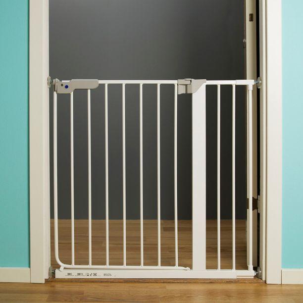 Ikea pyytää turvaportin ostaneita asiakkaitaan huomioimaan, että Klämma- tai Sidig -portit eivät sovellu asennettaviksi portaiden yläpäähän. Portit ovat turvallisia, jos ne on asennettu portaiden alapäähän tai huoneiden väliseen oviaukkoon.
