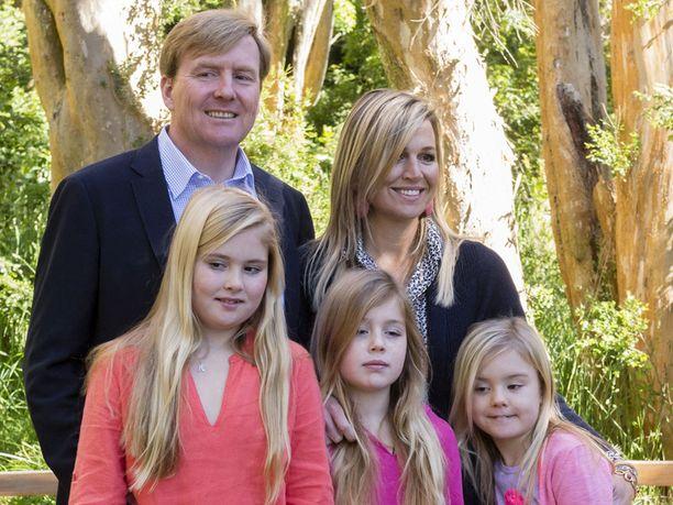 Hollannin kuningasparilla on kolme tytärtä.