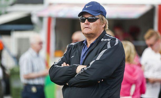 Seppo Rädyn mukaan nykyurheilijat havahtuvat maailman huipputasoon liian myöhään.