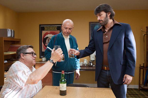 Ben Affleckin ohjaama Argo on yksi Oscar-suosikeista.