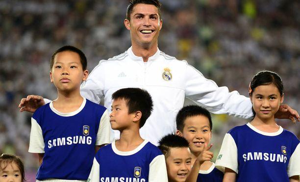 Tilanne nauratti paitsi Ronaldoa myös kiinalaislapsia.