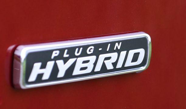 Suosioon nousseiden ladattavien hybridien mainetta varjostavat korkeat kulutusluvut.