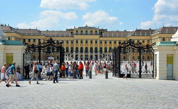 Itävallan pääkaupunki Wien on valittu maailman parhaaksi kaupungiksi asua. Kuvassa Schönbrunnin linna.