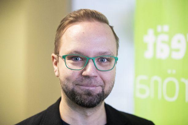 Olli-Poika Parviainen on vihreiden eduskuntaryhmän varapuheenjohtaja.
