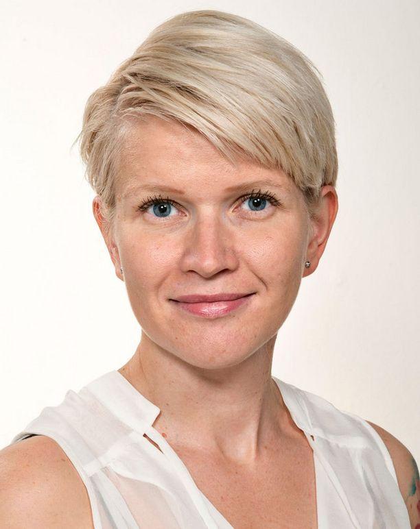 Iltalehden uutispäällikkö Edith Andersson suosittelee äideille työntekoa.