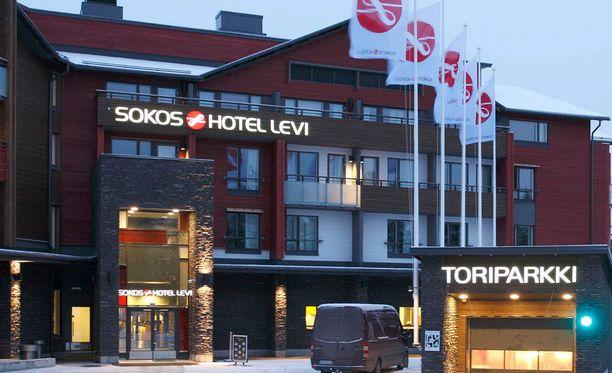 Bakteeriongelma koskee Sokos Hotel Levin kiinteistöä. Saman rakennuksen ylimmässä kerroksessa sijaitsee erillinen Hullu Poron Penthouse -huoneisto.