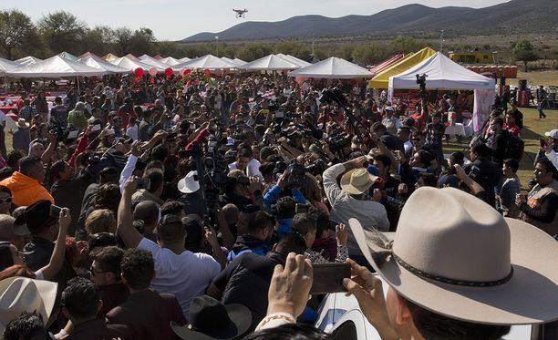 Vaikka miljoonaa ei tullutkaan, vieraita oli useita tuhansia.