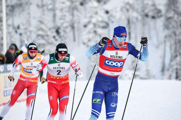 Näillä näkymin Rukan maailmancupissa hiihdetään vielä tänä vuonna fluorivoiteet suksissa.
