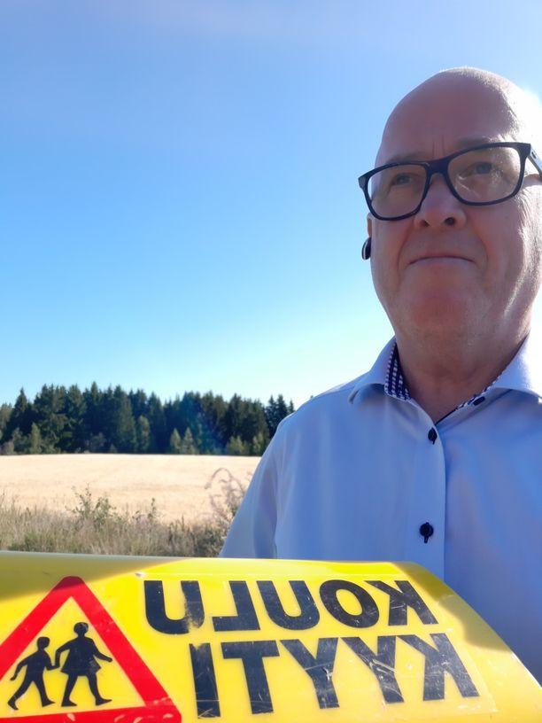 Markku Pakkanen olisi halunnut maltillisemman taksiuudistuksen, mutta äänesti kuitenkin hallituksen esityksen puolesta.
