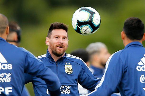 Kapteeni Leo Messi johtaa Argentiinan Copa América -turnaukseen.
