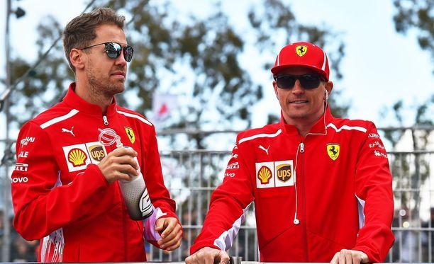 Sebastian Vettel ja Kimi Räikkönen ajavat neljättä kautta tallitovereina Ferrarilla.