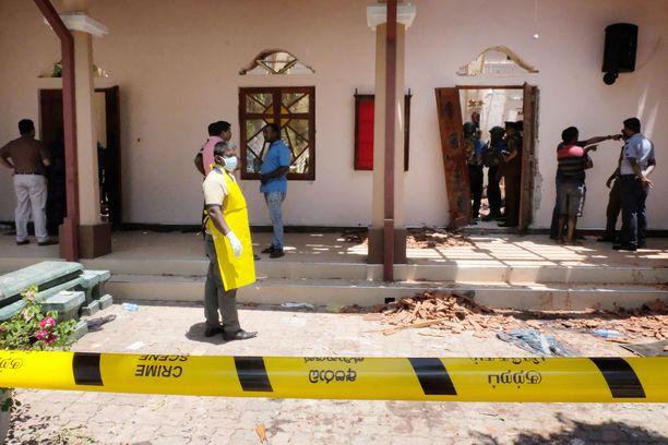 Ympäri Sri Lankaa on tapahtunut useita räjähdyksiä, joissa jopa yli 200 ihmisen uskotaan saaneen surmansa.
