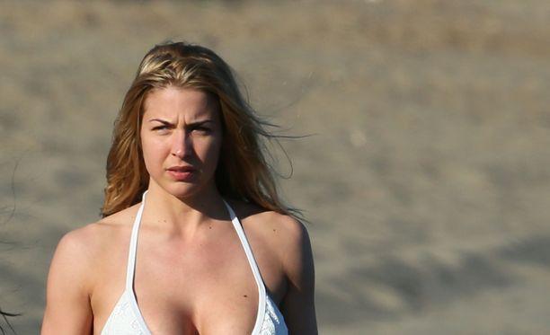 Gemma on paitsi näyttelijä myös malli.