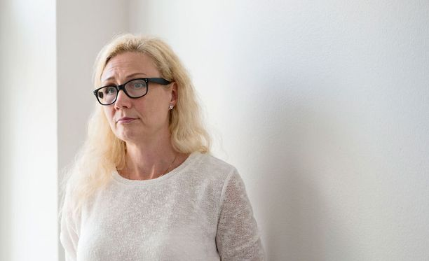 Anneli Auerin kirjatilaisuudet on peruttu Mikkelissä ja Jyväskylässä.