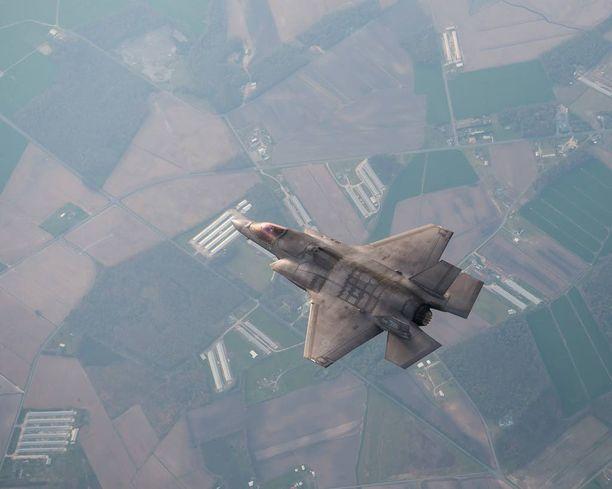 Lockheed Martin testasi F-35A hävittäjää viime viikonloppuna Hollannissa.