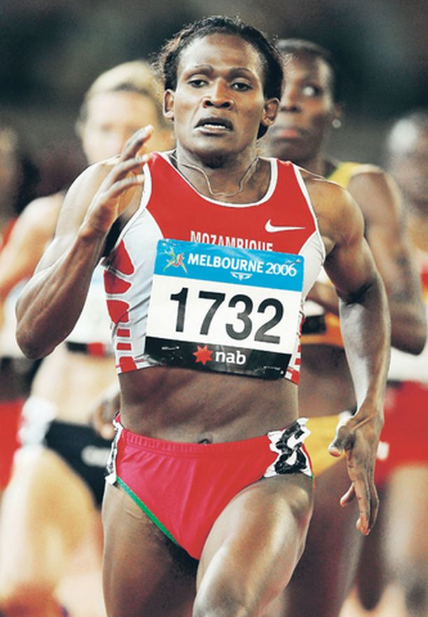 Maria Mutola tunnetaan voimakkaasta juoksutyylistään.