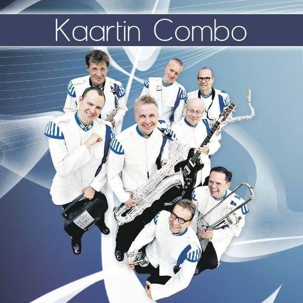 Kaartin Combon esiintyminen Linnan juhlien tanssittajana on jo perinne. Solisti on vaihtunut vuosittain.