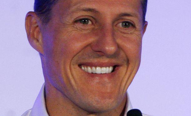 Michael Schumacher pystyy kommunikoimaan ympäristön kanssa, sanoo saksalaislehti Bild.