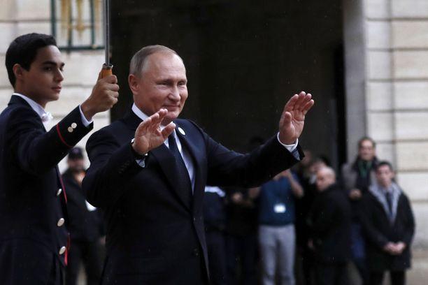 Putin-lista ei ole pakotelista, vaan sisältää yli 200 henkilön nimet, joiden yhdysvaltalaisviranomaiset katsovat olevan lähellä Putinin hallintoa.