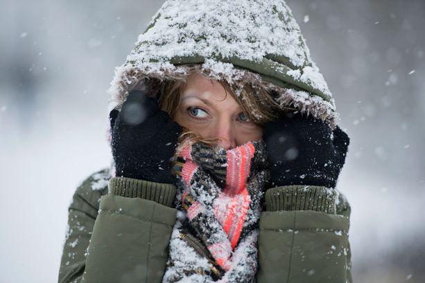 Pian pyryttää! Hiihtolomaksi on luvasta talvista säätä myös maan eteläosiin.