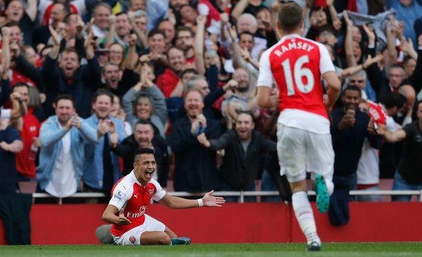 Alexis Sánchez on tehnyt maajoukkue mukaan lukien kuudessa viimeisessä ottelussa kymmenen maalia.