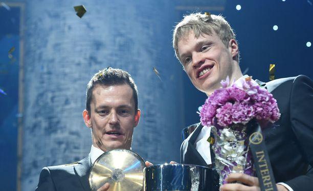 Sami Jauhojärvi ja Iivo Niskanen olivat illan juhlituimmat sankarit.