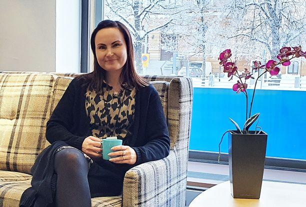 LähiTapiola Pohjoisen myyntipäällikkö Katja Roininen antaa vinkit henkivakuutuksessa huomioitaviin asioihin.