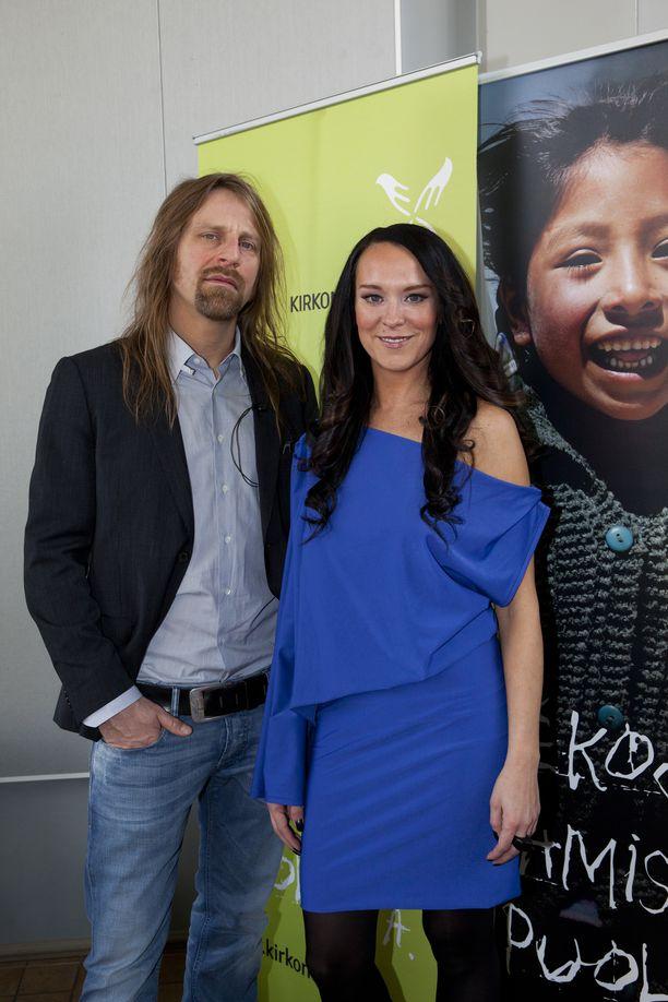 Ellen Jokikunnas ja Jone Nikula kuvattuna vuonna 2011.