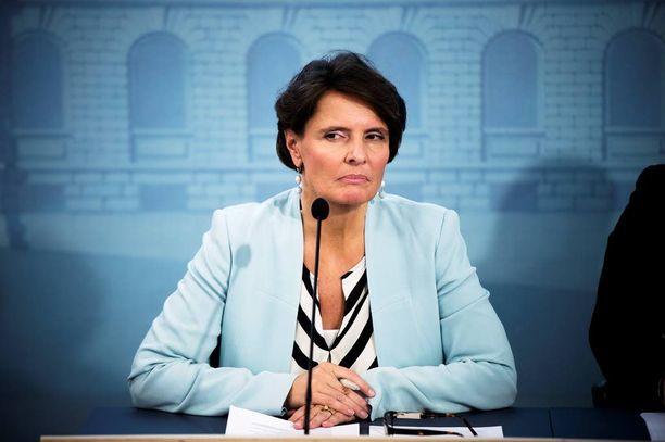 Ministeri Anne Bernerin Vallila Interior on mukana yritysryhmässä, joka vaatii valtiolta useiden miljoonien eurojen tukea sähköautojen uuden tukiohjelman rahoittamiseksi.