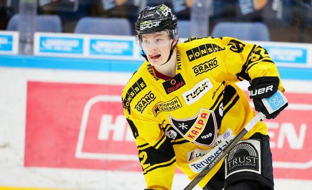 Alexander Ruuttu torpattiin pelistä pihalle kolmannessa SM-finaalissa Tappara-KalPa.