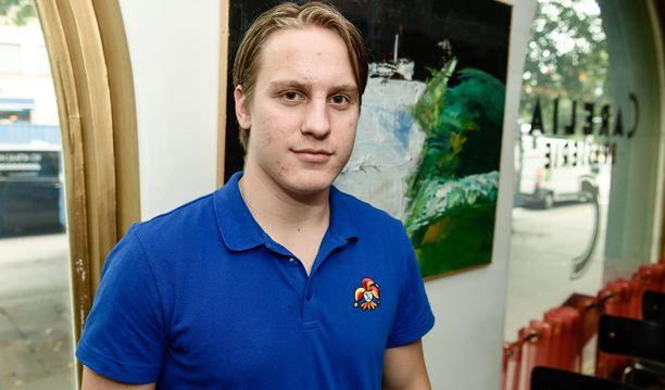 Eeli Tolvanen on vuodenvaihteessa alle 20-vuotiaden maajoukkueen tärkeimpiä pelaajia.