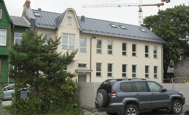 Nuorisosäätiöllä on ollut toimintaa myös Virossa. Kuvassa on säätiön Tallinaan rakennuttama pienkerrostalo.
