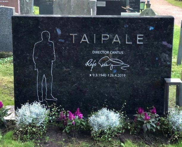 Reijo Taipaleen hauta sijaitsee Helsingin Hietaniemen hautausmaan uurnalehdossa: lohko 13, paikka 99. Omaiset haluavat tiedottaa haudan tarkan sijainnin, jotta Reijon musiikin ystävät voivat halutessaan käydä muistelemassa häntä haudalla.